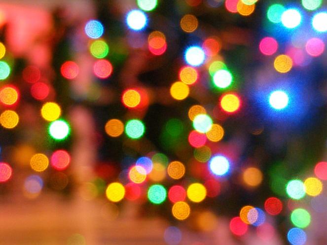 blurred-christmas-lights